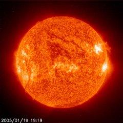 Bouřlivé Slunce. Foto: SOHO.
