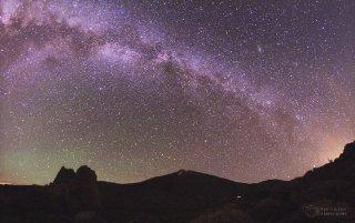 Mléčná dráha nad Pico de Teide. Foto: Petr Horálek.