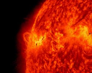 To jest z 14. května 2013, kdy ještě Sluneční aktivita neustávala. (nasa.gov)